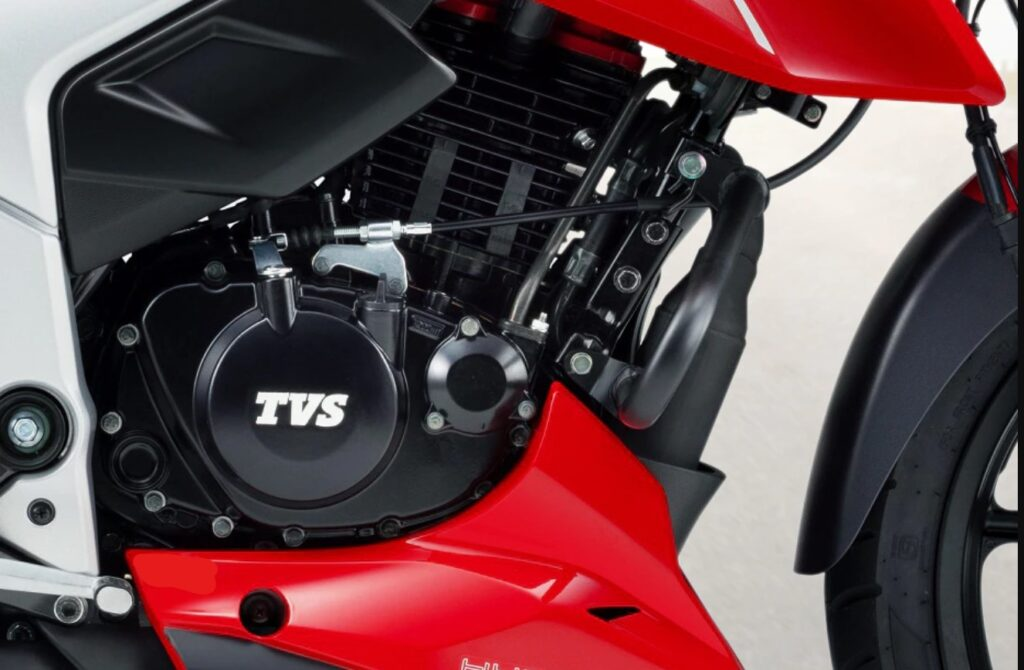 Read this article before you buy RTR 160 4v in Nepal engine